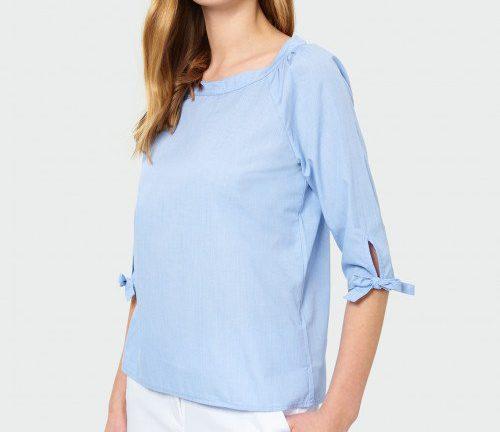 jasnoniebieska bluzka damska elegancka