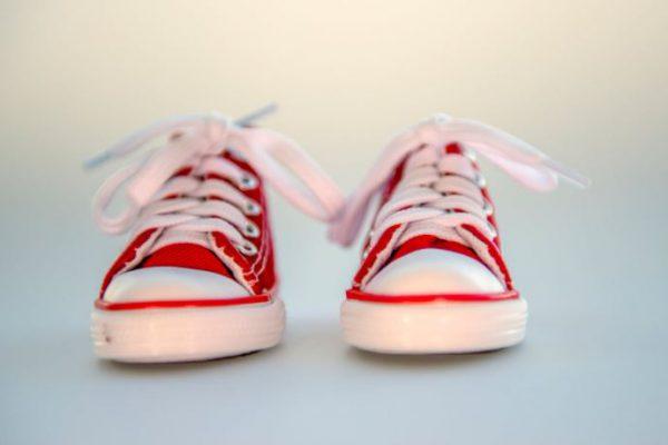Jak wybrać wygodne adidasy dziecięce?