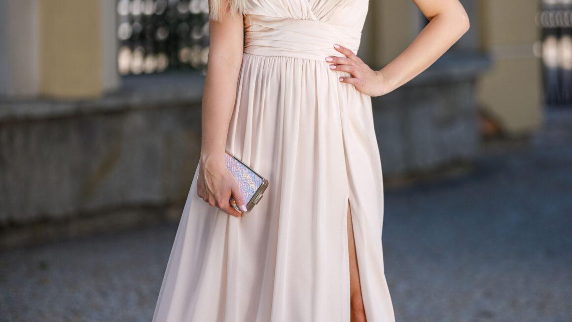 Ponadczasowe sukienki balowe długie